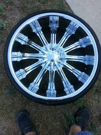 24 INCH RIMS ON LOW PRO Z RATED TIRES - $1300 (FT. HOOD AREA)