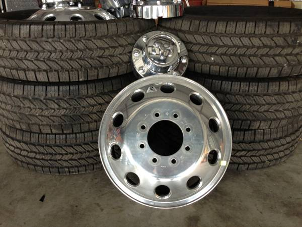 RAM ALCOA DUALLY WHEELS AND TIRES (LESS THAN 20 MILES ON ENTIRE SET) (GATESVILLE)