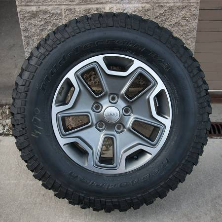 2013 Jeep Wrangler Rubicon JK Wheels and Tires OEM - $1200 (HoodKilleenHarker HeightsCove)