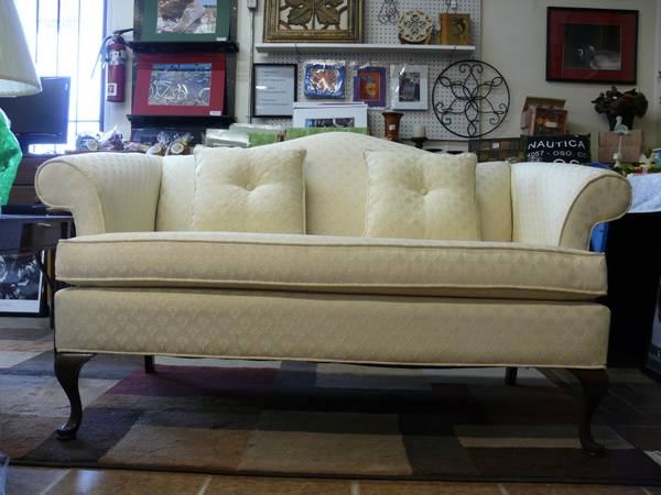 New Queen Ann Sofa, Love, Seat,  Coffee and End Tables (Reduced) - $699 (Killeen tx)