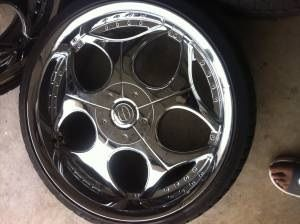 22 inch 5 lug universal rims and tires - $850 (Copperas cove )