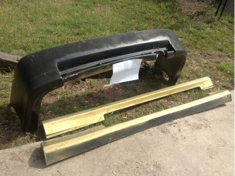 96-00 Honda Civic Body Kit rear Bumper And Side Skirts - $25 (Belton Lake Area)