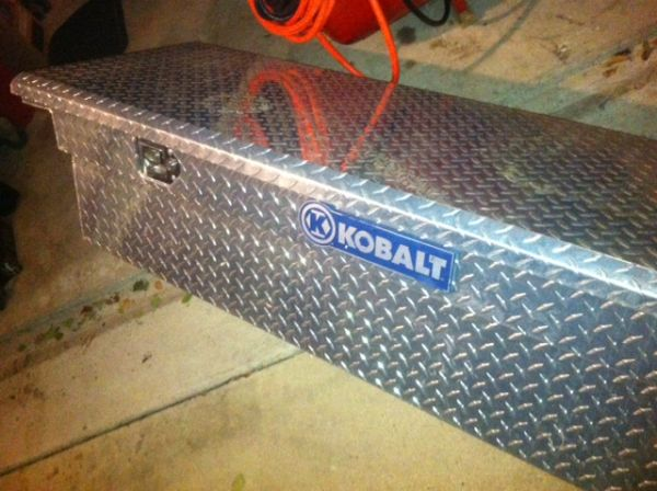 Kobalt Low-Profile Truck Tool Box - $125 (Killeen, TX)