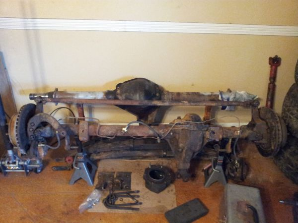 8 lug 4x4 axles- Dana 44 front Corporate 14 rear - $300 (Temple)