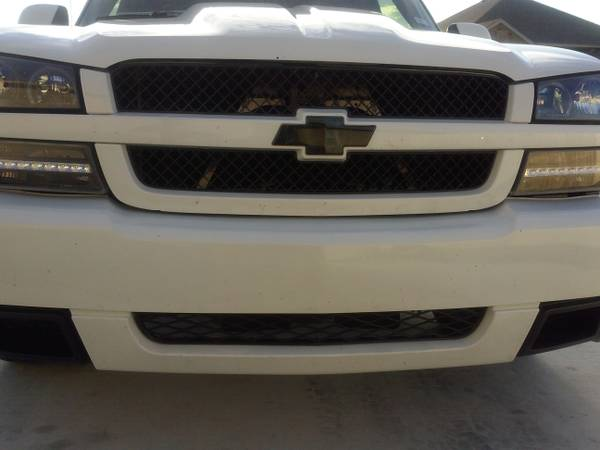05 Chevy Silverado SS Bumper,Grille,and Cowl Hood - $600 (Temple)