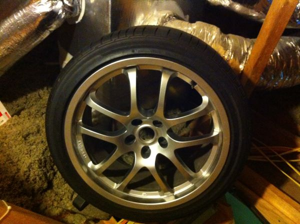 G35 19 Rays OEM wheels - $650 (CC)
