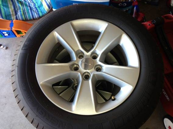 Michelin energy x tires and stock charger rims - $600 (Killeen)
