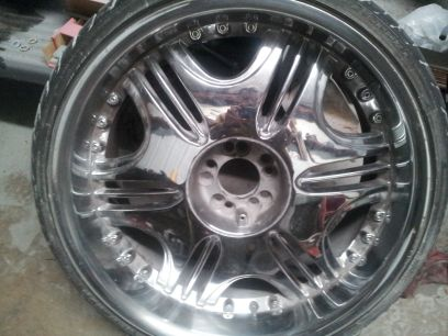 22 inch rims $300 priced to sell - $300 (Killeen)