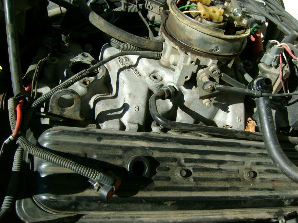 350 tbi or carb out of 92 gmc - $200 (killeen, texas)