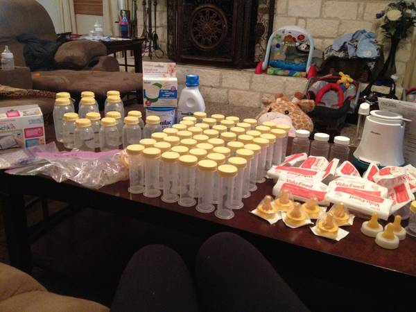 Every thing you need to feed your baby Reduced - $100 (Belton)