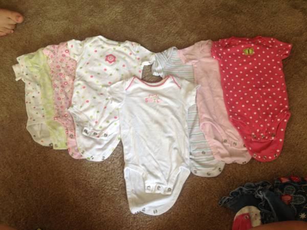 Baby girl clothes 3-6m - $25 (Killeen)