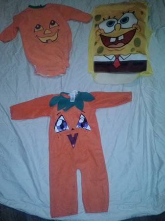 Halloween costumes Cheap - $5 (Belton)