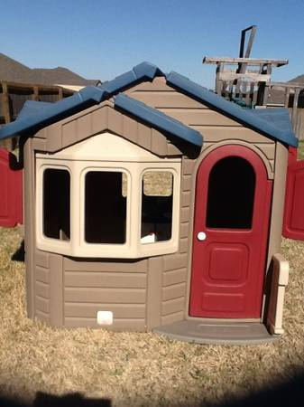 Step 2 Welcome Home Playhouse - $100 (Splawn RanchKilleen)