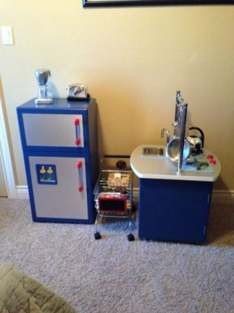 Pottery Barn Kids Play Kitchen Set - $300 (Harker Heights)