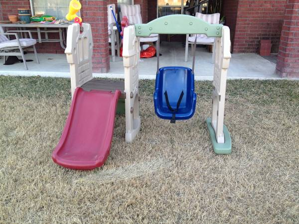 Little Tikes Endless Adventures Swing Along Castle - $60 (Killeen)