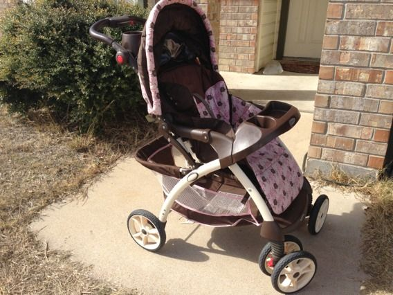 Pink and brown Graco stroller - $40 (Killeen)