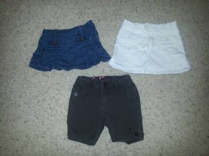 2T baby gap girl short  skirts - $10 (hh)