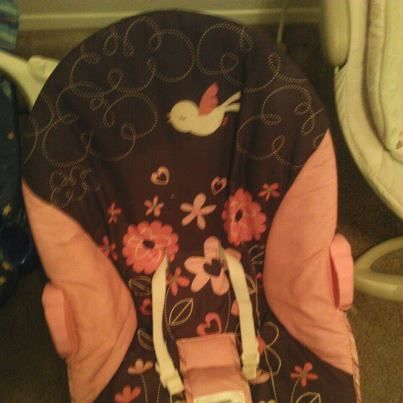 Girl Infant Bouncer - $15 (Comanche III-Fort Hood)