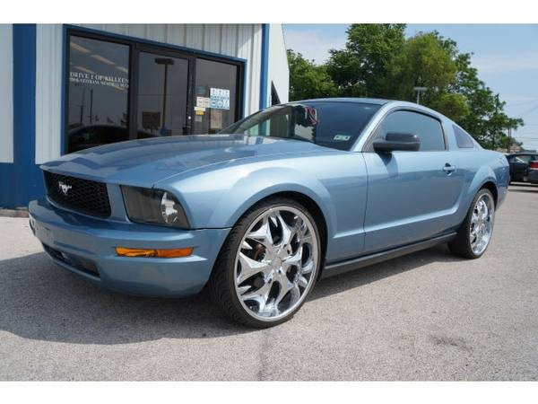 2005 Ford Mustang with RIMS - $12995 (Killeen, Texas)