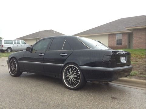 Mercedes Benz C230 w 20s Blacked Out Trade - $3000 (Temple)