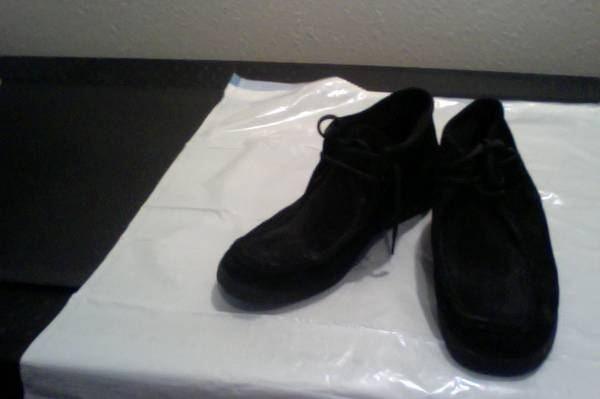 Mens Hush Puppies Shoes SIZE 13 - $25 (Ft.Hood, Killeen, CC)