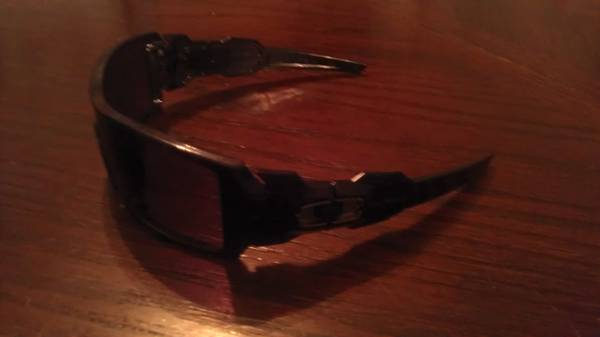 Oakley Oil Rig Sun Glasses - $50 (Killeen, HH, Cove)