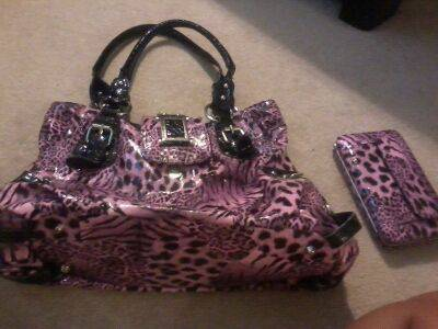 HEELS AND PURSES - $5 (KILLEEN)
