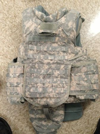 Size small IOTV - $300 (Killeenfort hood)
