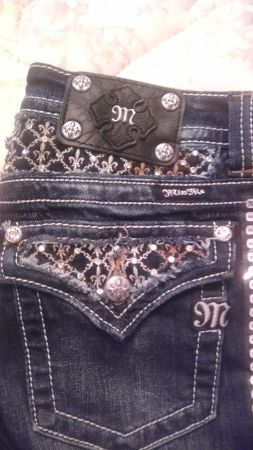 BRAND NEW Miss Me jeans Size 29 - $50 (killeen)