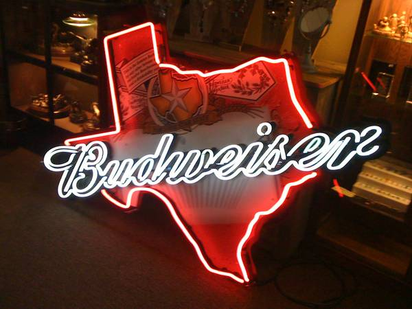 Neon Signs and Man Cave Items (Belton)