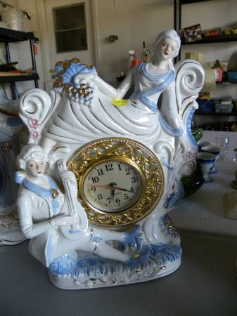 Collectible Figurine Clocks  Japanese Figurines  amp  Porcelain Dolls -   x0024 1  Kempner