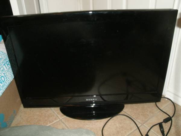 Dynex 32 TV - $250 (Harker Heights)