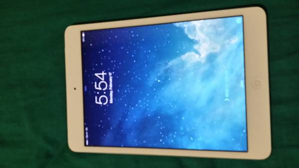 sprint 16gb ipad mini white - x0024400 (Killeen)