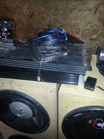 Car stereo equipment $900 OBO - x0024900 (Temple)