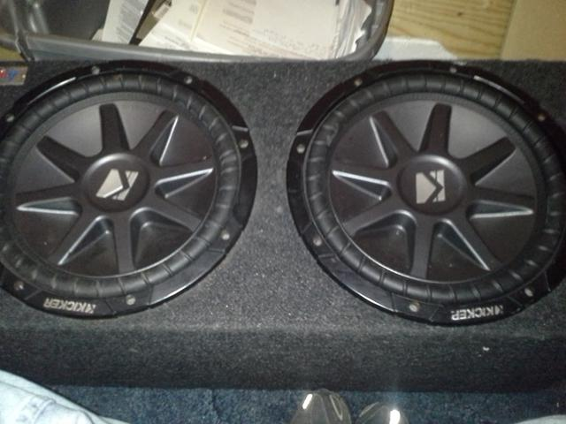 $200, 2 12 kicker comp vr subwoofers