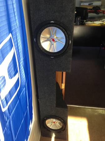 2 Kicker 10 inch subwoofers in truck box  - $125 (Temple)