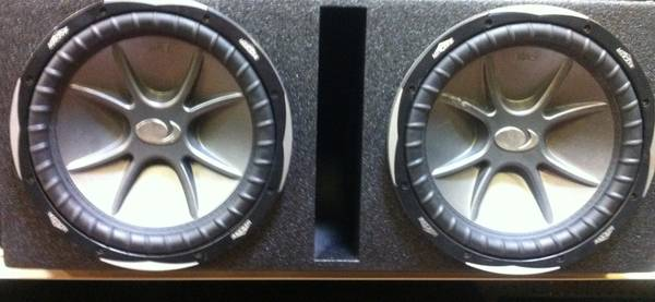 2 12 inch kicker Cvx in probox - $300 (Killeen)