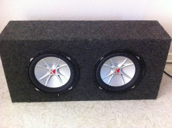 Two 10 in Kicker CVR subs with box - $100 (Killeen)