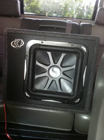 Kicker L7 and kicker - $220 (Killeen harker heights )