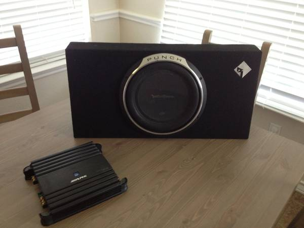 Alpine and 10 Rockford Fosgate punch subwoofer - $75 (Copperas Cove)