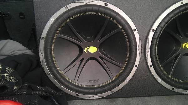 two 15 inch kickers probox - $200 (killeen)