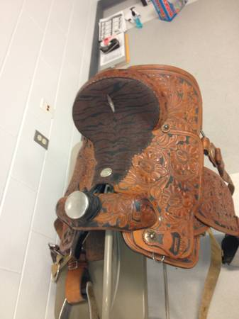 14.5 inch double j hi tech roping saddle - $2000 (troy)