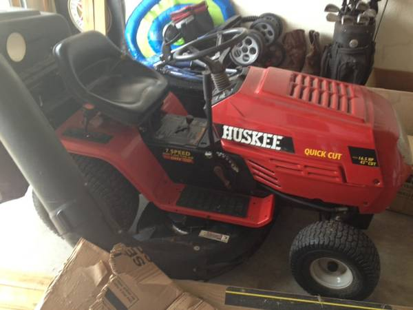 Huskee Riding Lawn Mower - $500 (Nolanville)