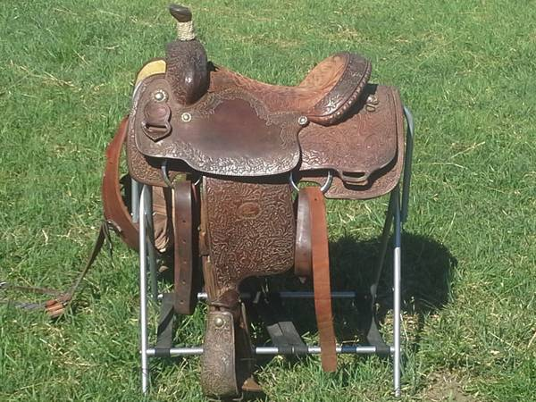 Tod slone roping saddle for sale