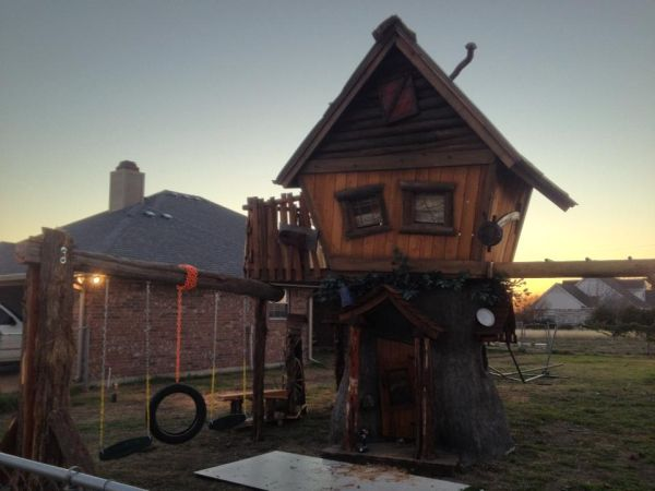 WESTERN TREEHOUSE CUSTOM - $4650 (HOUSTON)