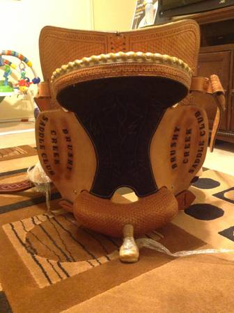 15 brand new barrel saddle - $550 (Killeen)