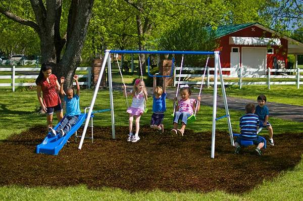 Flexible Flyer Triple Fun II Metal Swing Set -   x0024 120  killeen