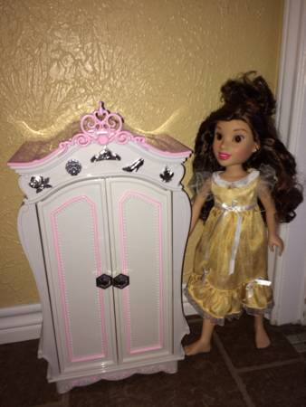 Disney Princess  amp  Me 18 inch Doll - Belle -   x0024 100  Killeen