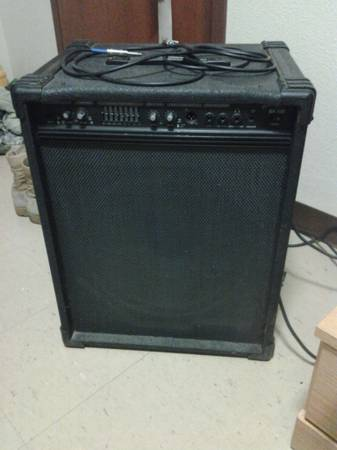 CRATE BX-100 AND IBANEZ 4-STRING BASS - $200 (FORT HOOD)