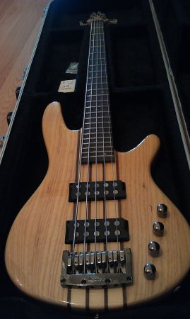Ibanez SRX705 5-String Electric Bass Guitar - $375 (Killeen)